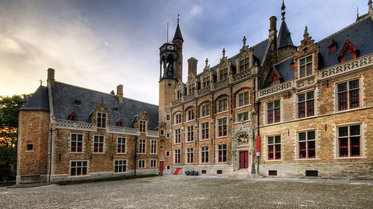 Gruuthusemuseum-Bruges-photo-by-Wolfgang-Staudt