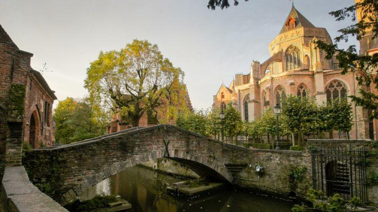 the-bonifacius-bridge-in-bruges-nicknamed-the-bridge-of-love--derek-winterburnflickr-